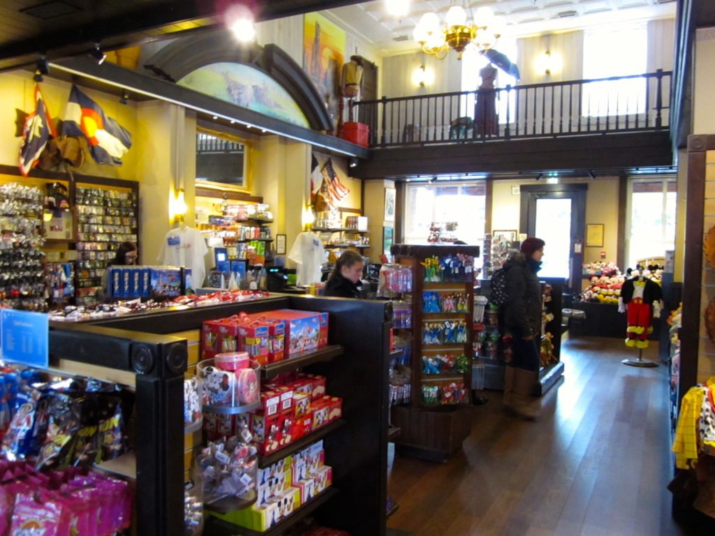 disney hotel cheyenne boutique general store