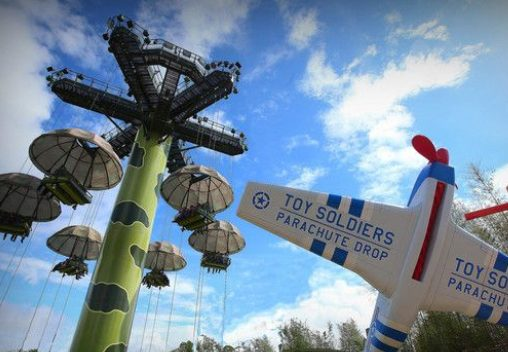 Toy Story Playland Toy Soldiers Parachute Drop